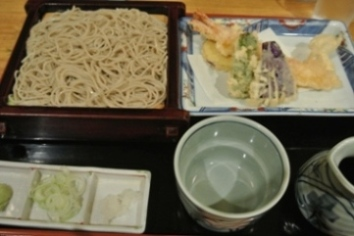 pic Soba with Prawn Tempura